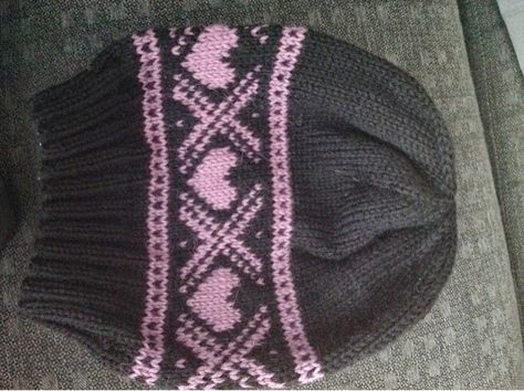 Photo of Simple and quick knit – and in addition I got rid of some pink leftover yarn …