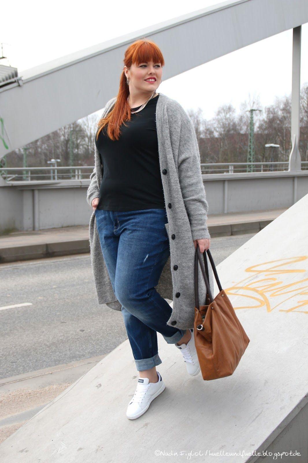 0f518688e9 Hülle   Fülle Plus Size Fashion   Lifestyle Blog  Cozy Citylook – My new  Boyfriend Jeans