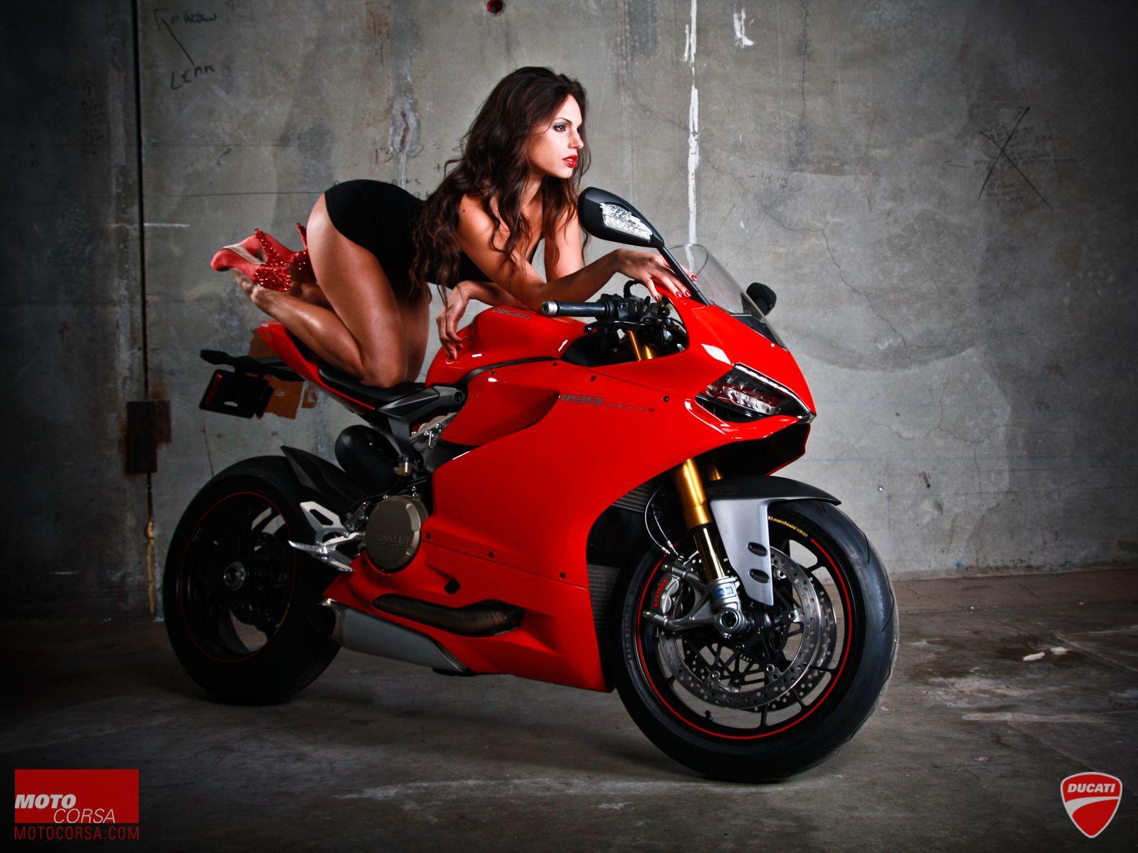 Hot biker Foxy Salt 7