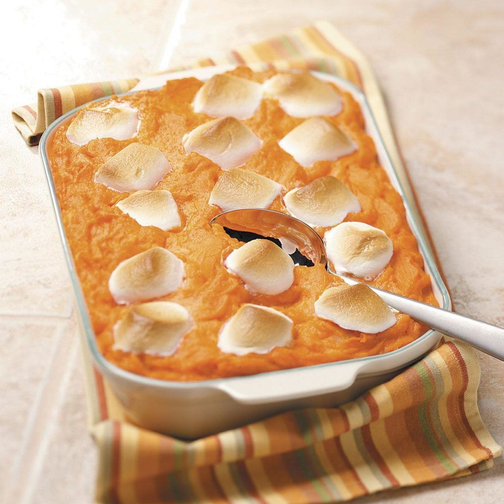 Pineapple Sweet Potato Casserole with Marshmallows #sweetpotatocasserolewithmarshmallows Pineapple Sweet Potato Casserole with Marshmallows #sweetpotatocasserolewithmarshmallows