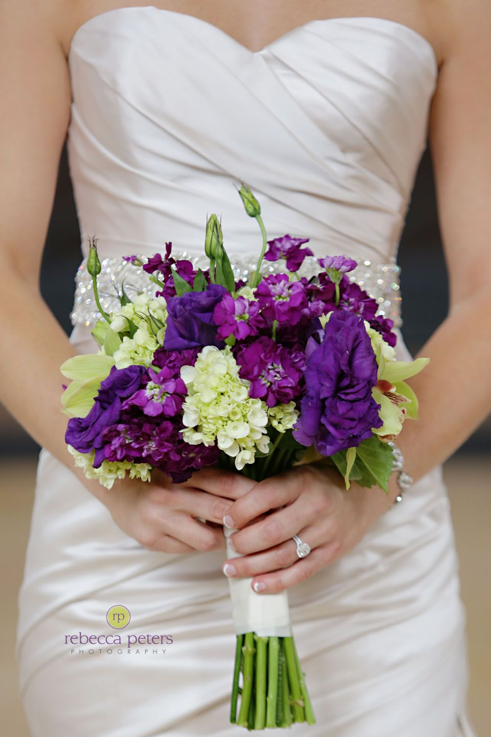 #Weddings purple bouquet | Rebecca Peters Photography