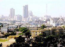 Vista del centro financiero de Karachi.