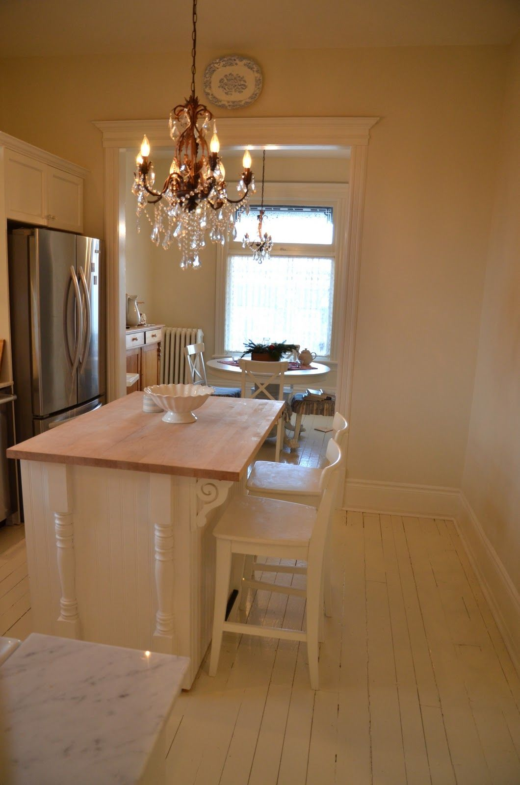 Best Walls Are Ballet White By Benjamin Moore Floors Are Grey 400 x 300