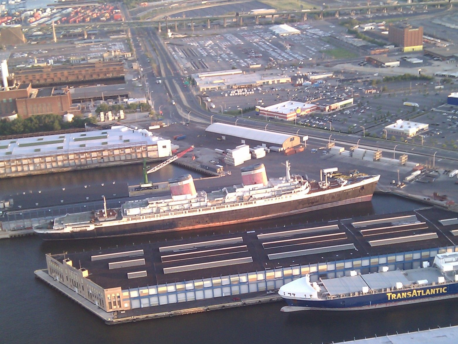 Present Location In Philadelphia - Ss United States