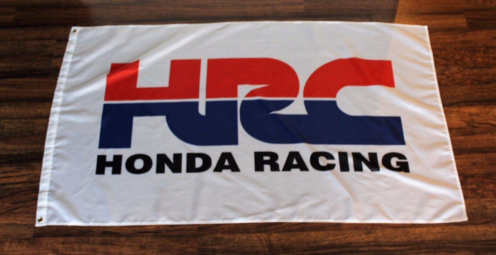Flags 43533 Honda Hrc Racing White Flag 3 X 5 Cars Auto Banner Sign Garage Hpd Hrc New Buy It Now Only 11 96 On Ebay Flag Banners Signs White Flag Flag