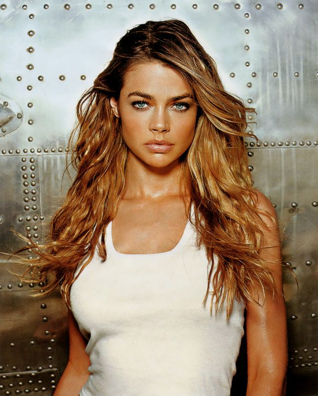 48d8e066ada Denise Richards one of the prettiest girls I have even seen..full eyebrows  are the trick to a youthful appearance...I a, an example, no Denise...but