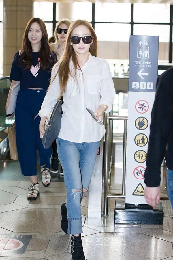 35c588fd6ea4 White Plain Polo Airport Fashion of Goo Hara