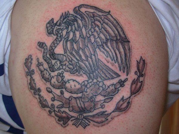 Escudo mexucano tatuaje tattoos pinterest tattoo for Tattoos mexicanos fotos