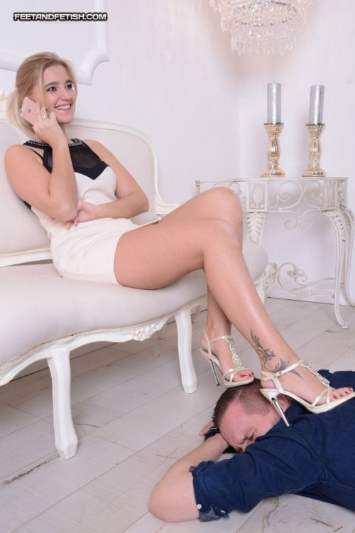 Femdom furniture male Submissive