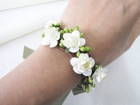Light Ivory Rose Bracelet Wrist Corsage Bridesmaid