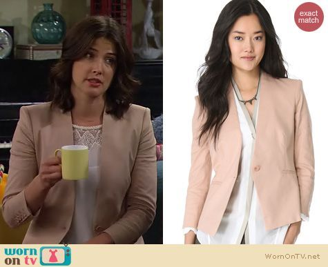 Robin's beige blazer, white lace top and tan purse on How I Met Your Mother…