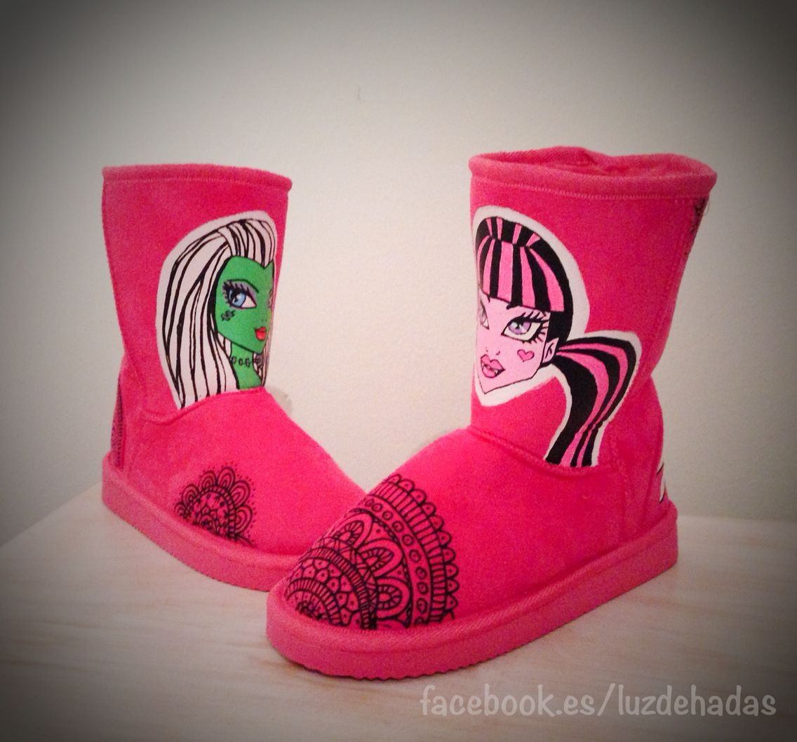 Botas monster high, monster high boots UGG, Draculaura Frankie Stein handpainted