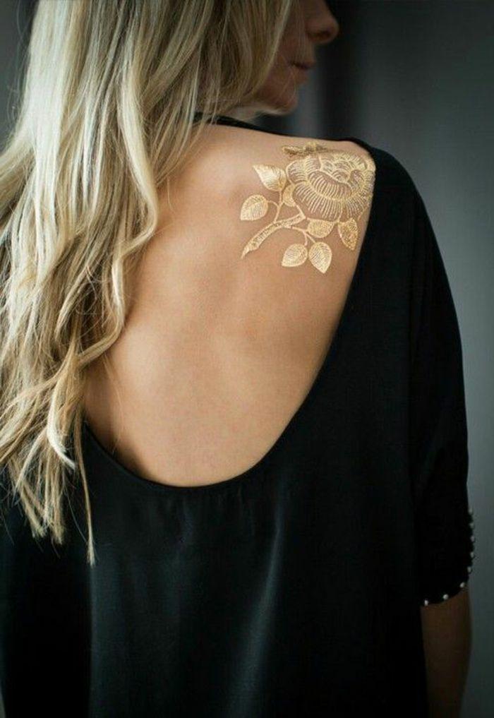 Frauen mit tattoo kennenlernen