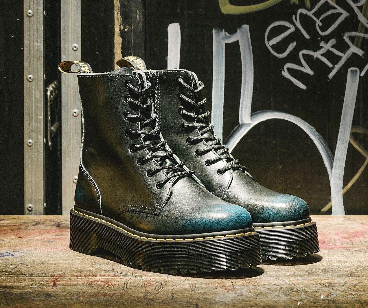 Boots, Dr. martens