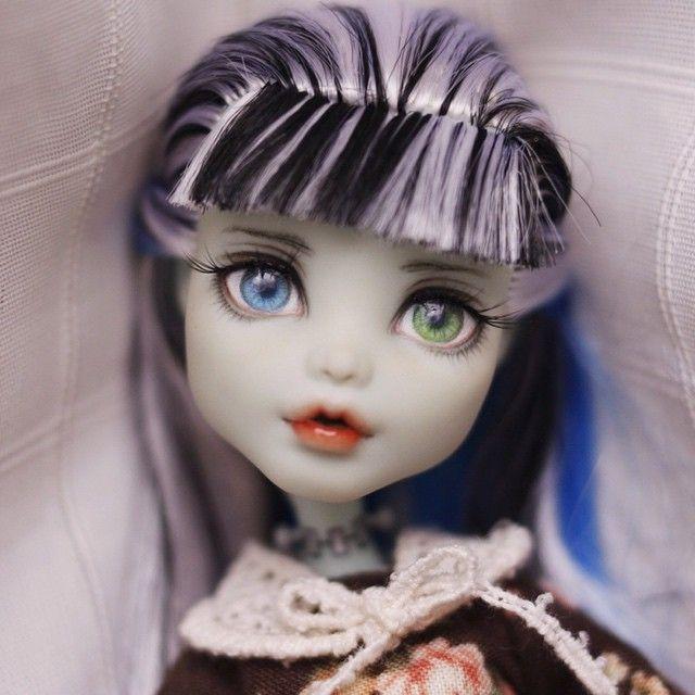 #몬스터하이 #몬하돌 #몬스터하이돌 #리페인팅 #돌스타그램 #doll #repaint #repainting #monsterhigh #dollrepainting #dollstagram #faceup #frankiestein #frankie
