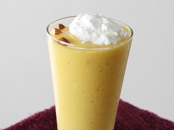 Mango Shake with Vanilla Ice-cream
