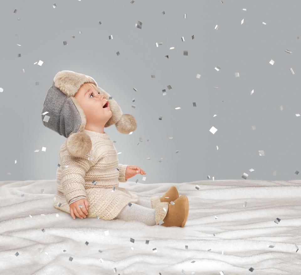 babyGap - Just bought this entire outfit for Evelyn, can't wait to dress her up for the holidays in it!!