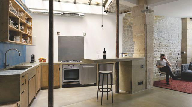 Une cuisine ouverte dans un loft Lofts, Kitchens and House - cuisine dans veranda photo