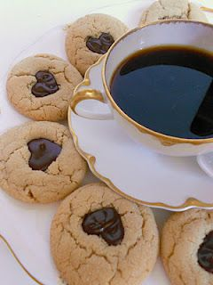 *Rook No. 17: recipes, crafts & creative nesting*: Peanut Butter (hearts) Chocolate Cookies And My New Favorite Coffee#MyBaristaMoment