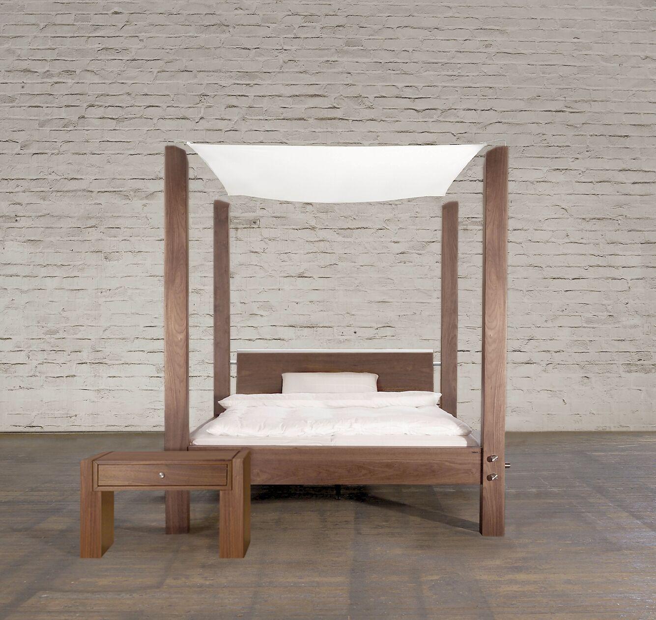 Schlafzimmer Gestalten Himmelbett. Wandtattoo Schlafzimmer