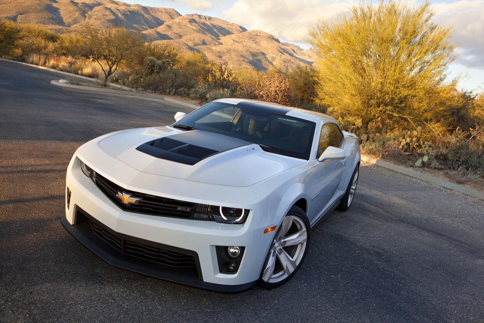 Pin By Allie Mccall On Wheels Chevrolet Camaro Zl1 Camaro Zl1 Chevrolet Camaro