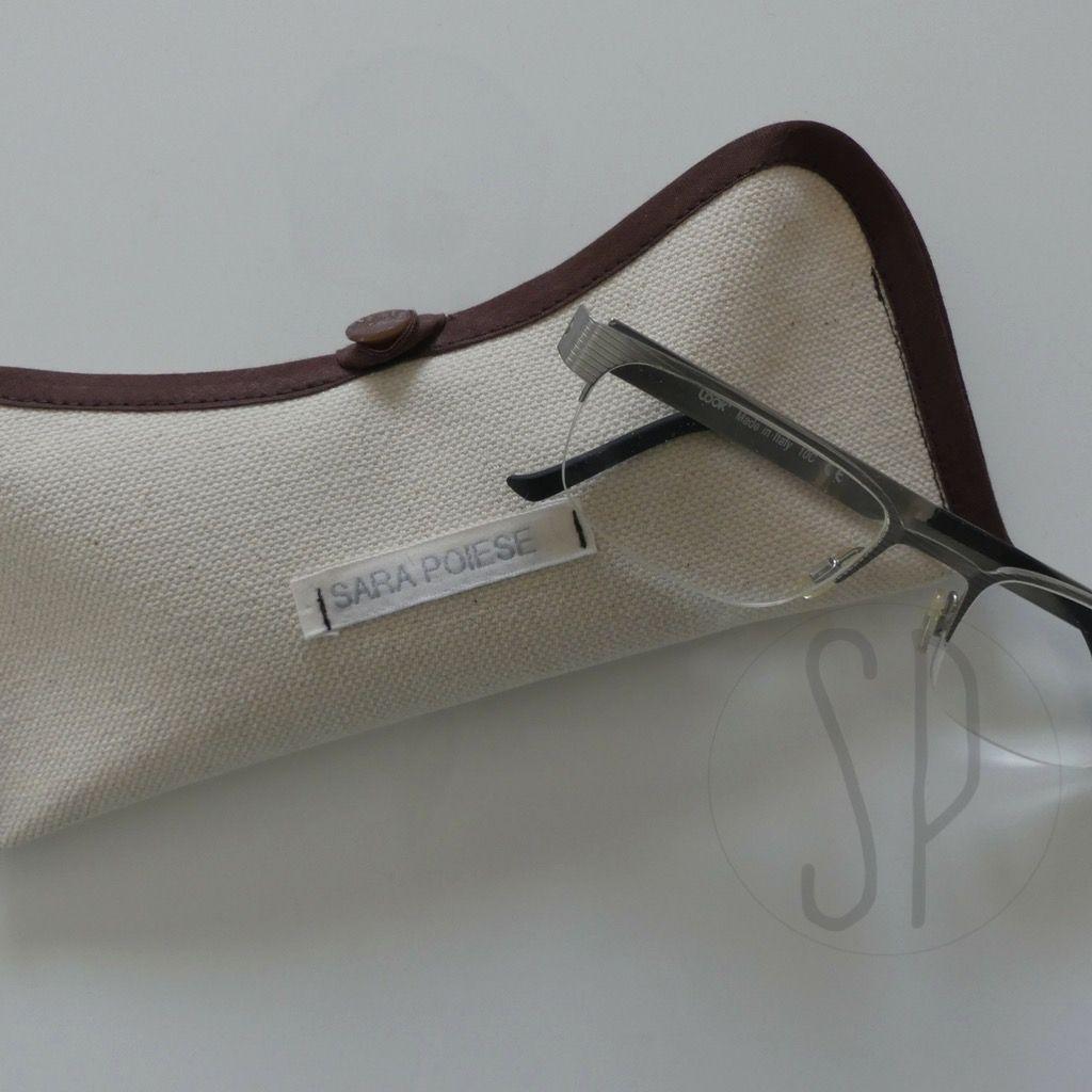 Come cucire un porta occhiali con il nastro sbieco http://sarapoiese.com/cucire-un-porta-occhiali-nastro-sbieco/?utm_campaign=coschedule&utm_source=pinterest&utm_medium=sara&utm_content=Come%20cucire%20un%20porta%20occhiali%20con%20il%20nastro%20sbieco