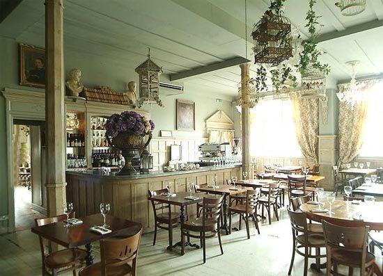 Georgian-Style-Interior-Design-of-Kensal-Green-Pub-in-London-Borough ...