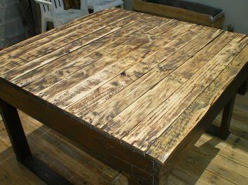 Une table de jardin à l\'aide de palettes - par stephdair29 sur le ...