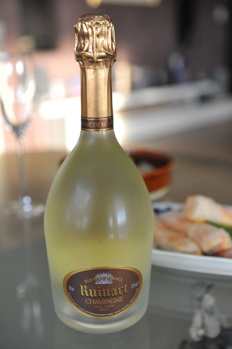 Ruinart Blanc De Blanc Champagne Bubbles Champagne Wine Bottle