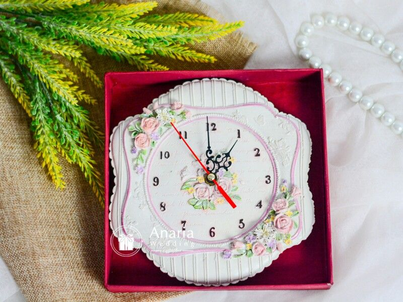 Souvenir Exclusive Fb  Wall Clock Fiber For Wedding Birthday Corporate Event