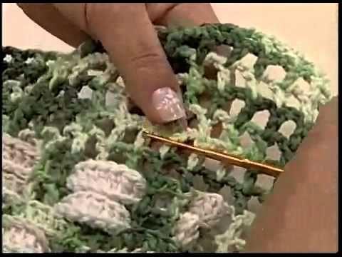 Arte Brasil   Tapete de crochê em tiras   Maria José