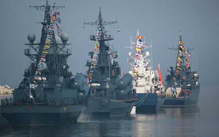 Russia S New Maritime Doctrine Scares The Living Daylight Out Of Nato Navy Day Russia Warship