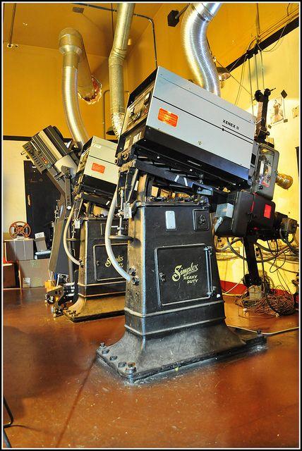 Simplex 35mm Film Projector | Old Movie Projectors | Sinema