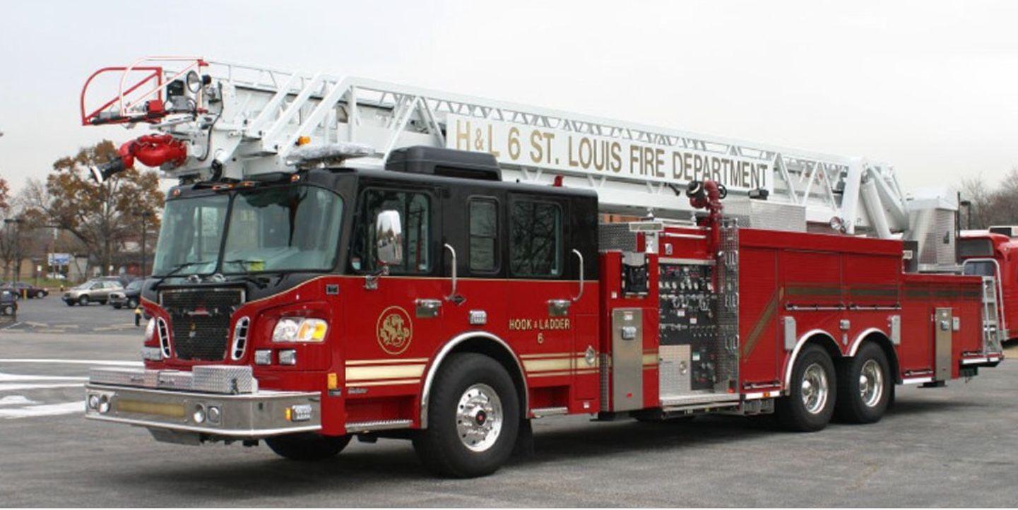 Pin By Jaden Conner On Saint Louis Fire Fire Engine Fire