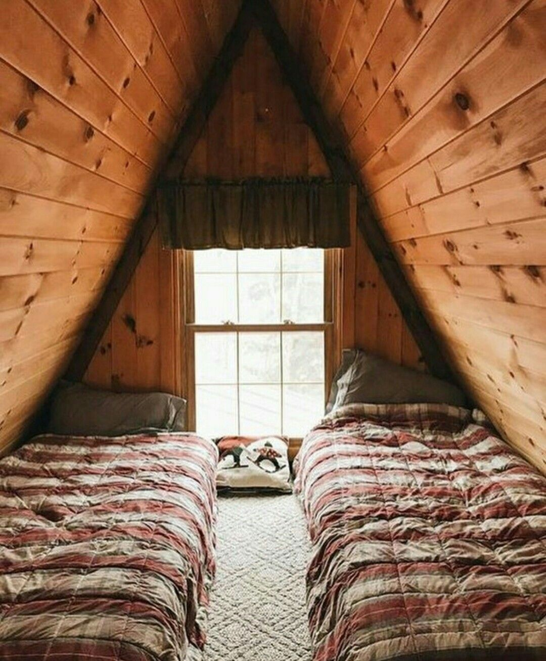 Pin By Carlos Scussolin On Dom A Frame House Wooden Cabins Rustic House