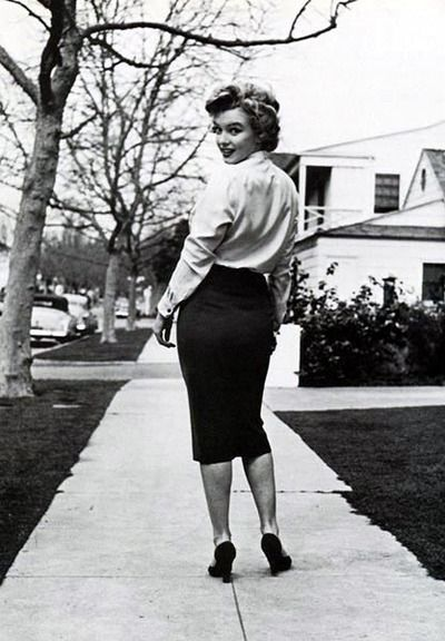 Image result for marilyn monroe pencil skirt