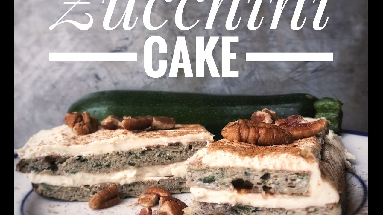 Zucchini cake - healthy cake with protein