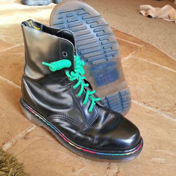 721be564e68612 Dr Martens boots 8 eye 1460 Black with Rainbow stitching. Vintage. Rare.  Made in England.