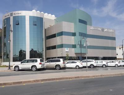 شركة زهران للصيانة والتشغيل تعلن عن وظائف شاغرة في إحدى مشاريع وزارة الدفاع Multi Story Building Structures Building