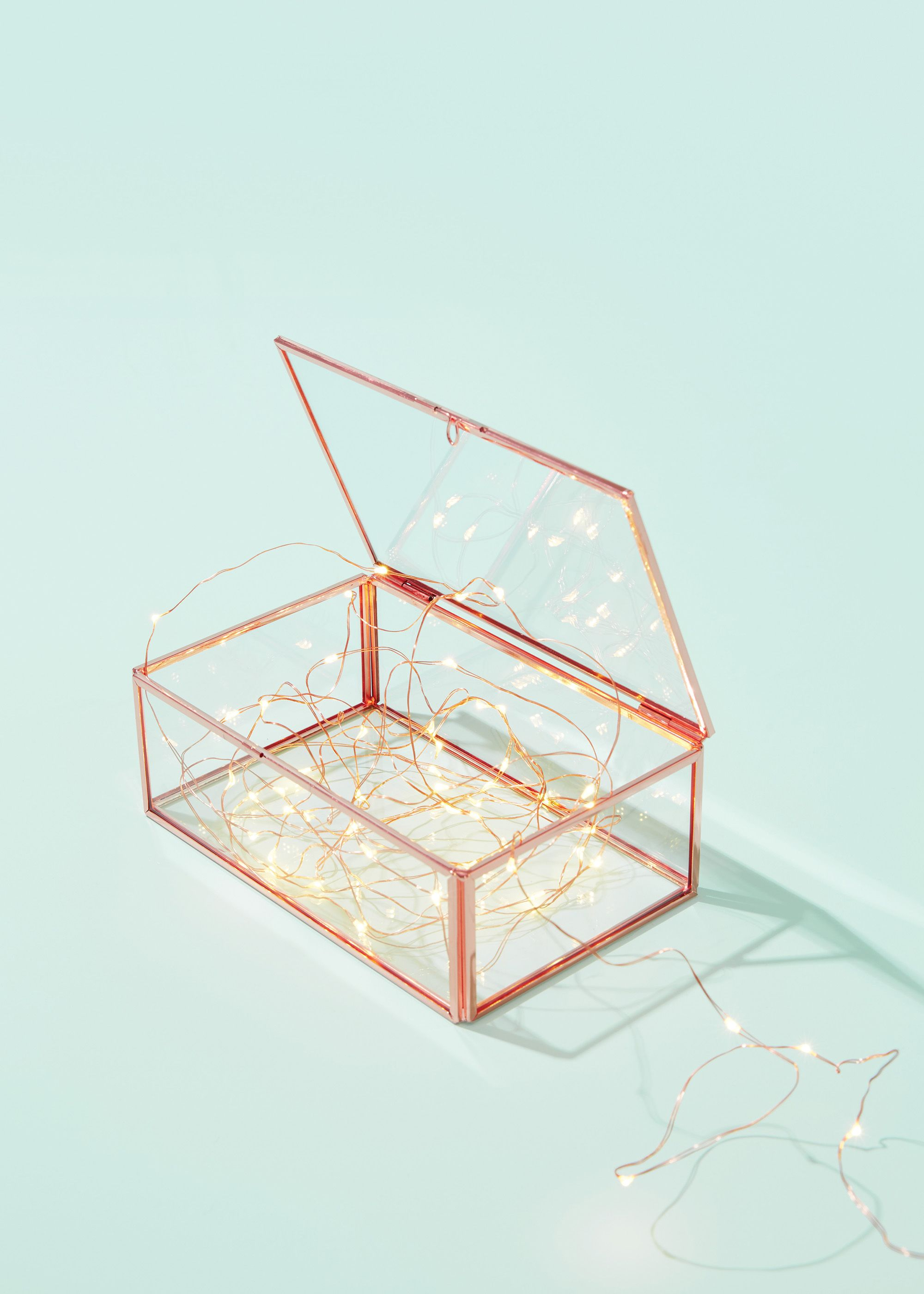 Simple Christmas styling idea: Copper Wire Lights in our Copper Glass Box