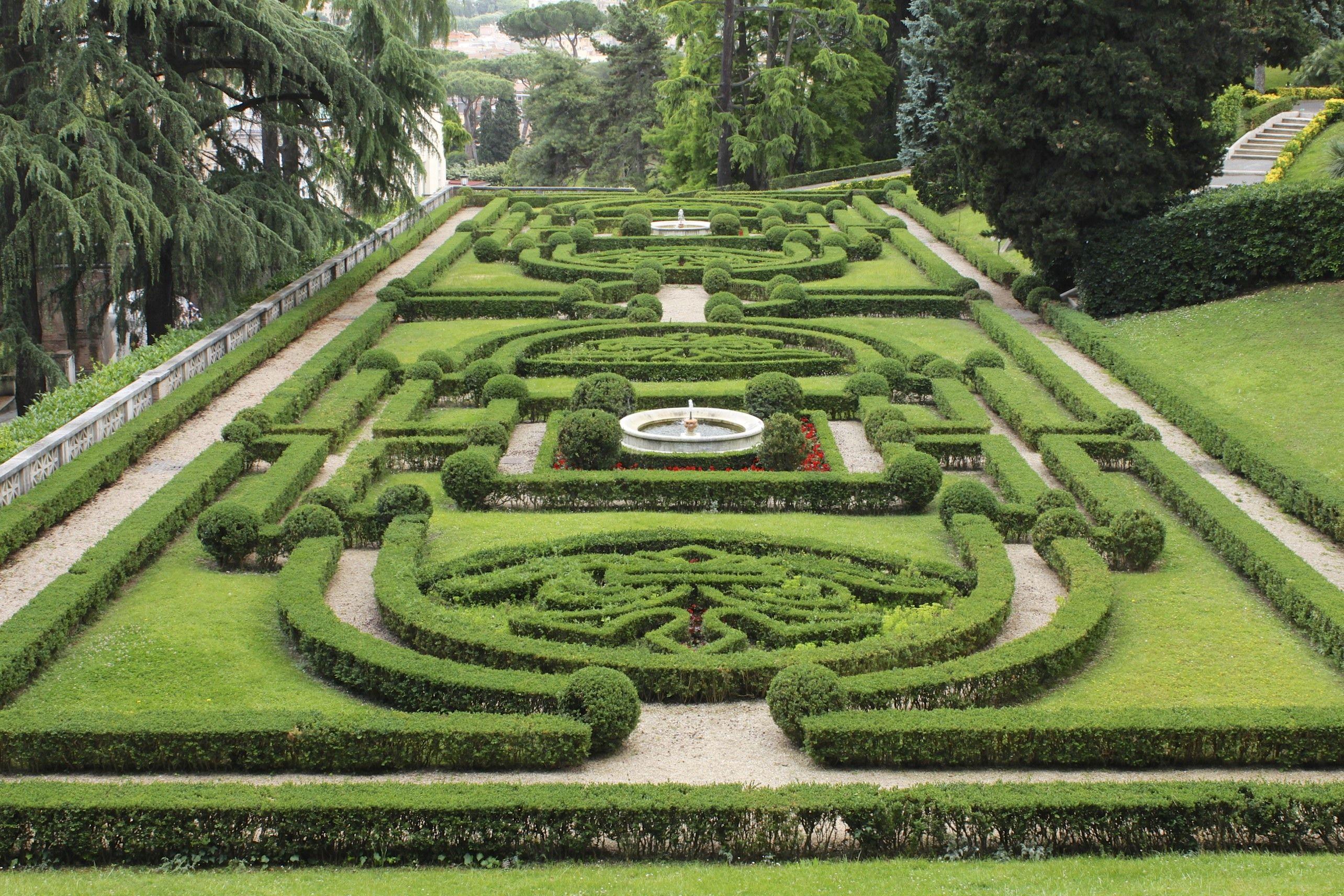 3d951fa40c17670d276993839d97a64b - Vatican Gardens And Vatican Museums Tour