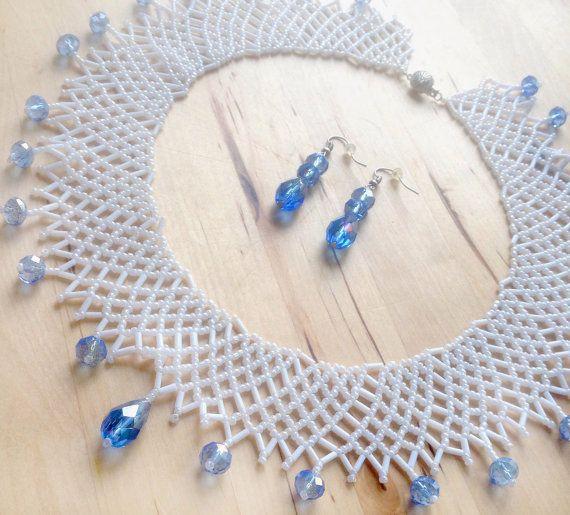 Sead azul y blanco perla encaje collar y los por RMAccessoriesCo
