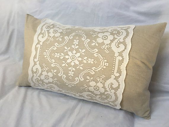 Net filet lace pillow vintage linen pillows french for Tissu shabby chic
