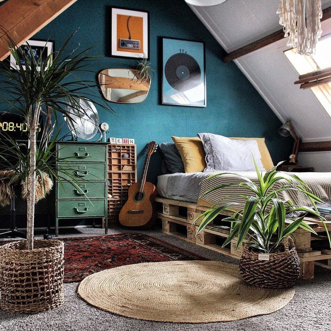 16 Stunning Vintage Home Decor Inspiration Ideas Vintage Bedroom Decor Bedroom Vintage Vintage Home Decor