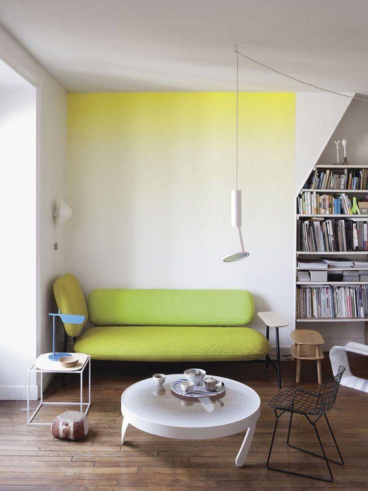 Ombre Effekt in Gelb und Weiß an der Wand neue Wohnung - wandgestaltung mit farbe streifen schlafzimmer