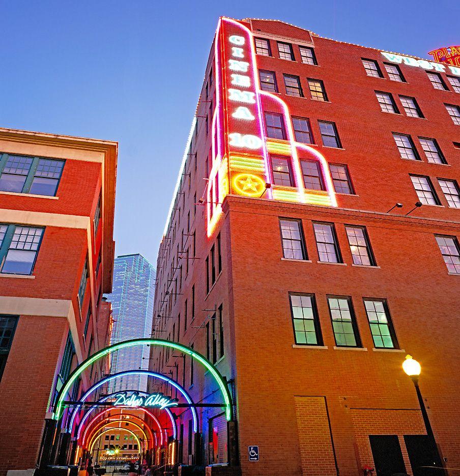 Dallas Alley West End Historic District Dallas Tx Alley Dallas Places