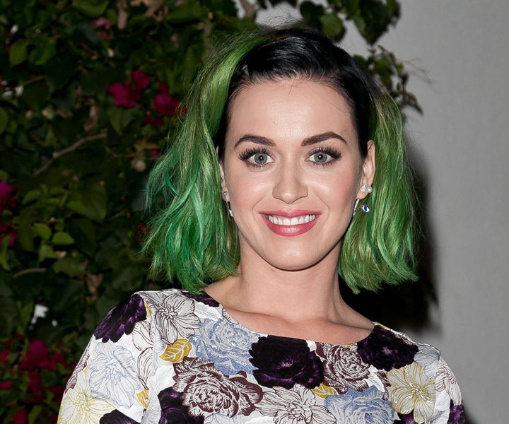 #Katy_Perry / Katy Perry Bakes Delicious Cakes In Adorable New Video - Cosmopolitan / April 11th, 2014 / http://www.cosmopolitan.com/celebrity/news/katy-perry-premieres-new-single-birthday-lyric-video-watch?src=spr_FBPAGE&spr_id=1440_52688011