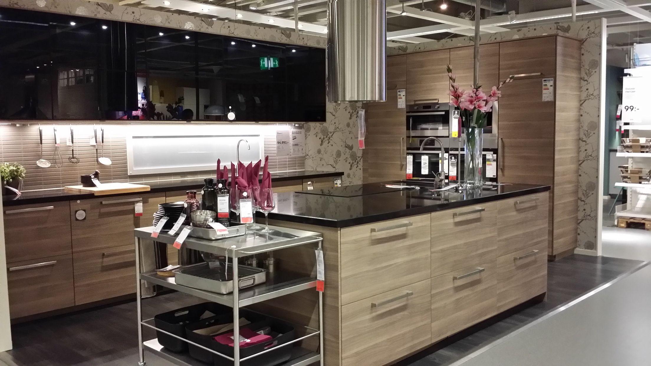 Brokhult ikea cuisine ikea kitchen kitchen et ikea kitchen design - Cuisine moderne ikea ...