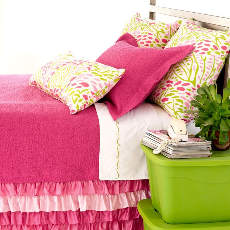 how to choose a bedroom color scramble fuchsia matelasse coverlet pink bedding dust 20557