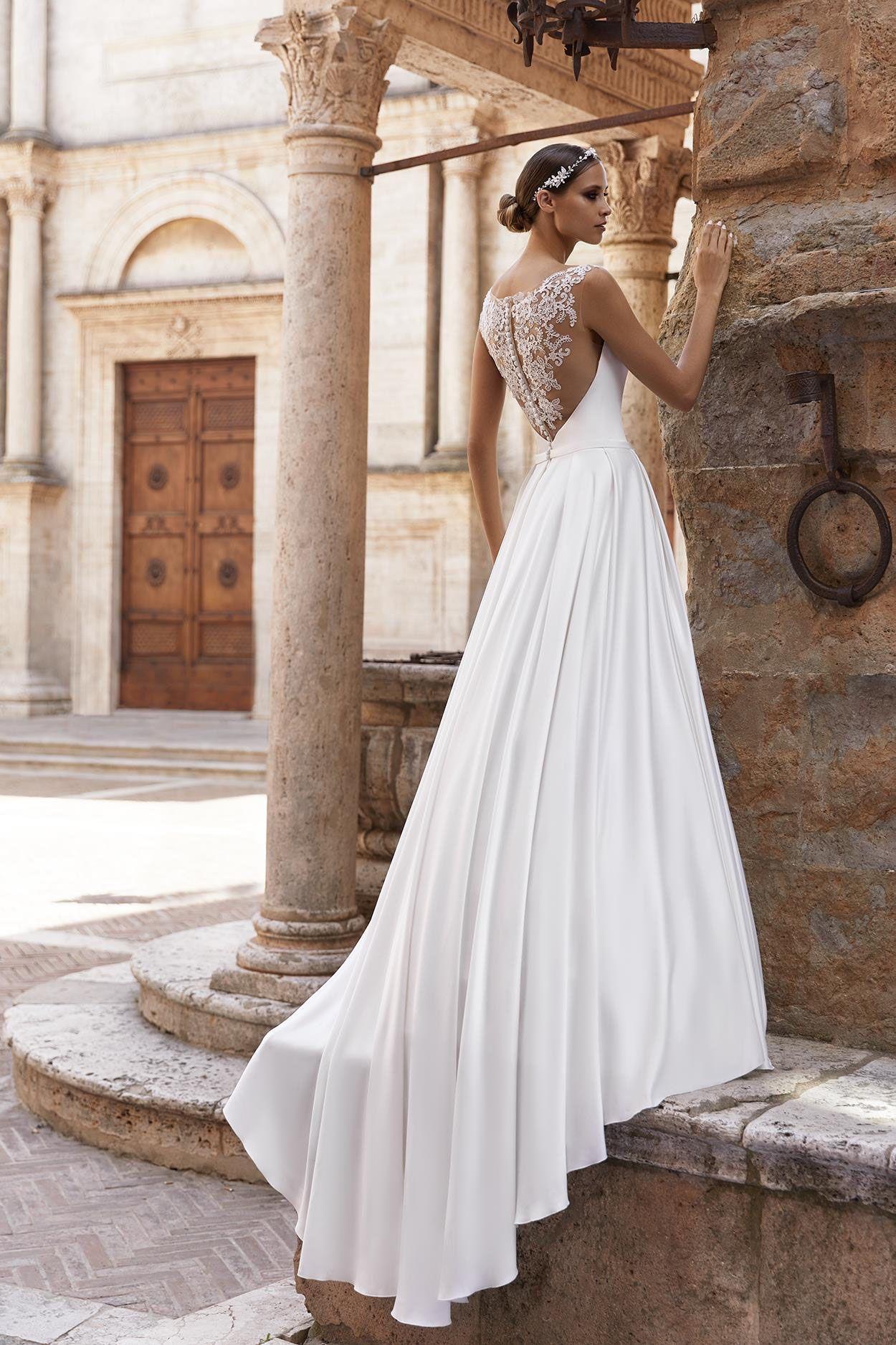 Bianco Evento. Brautkleidkollektion 15. Edle und wunderschöne